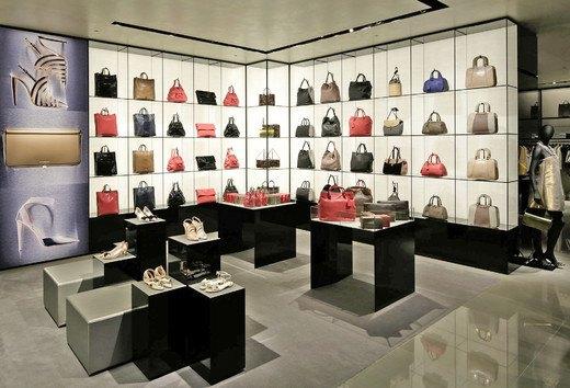 Emporio Armani, Mulberry и Versace открыли новые магазины. Изображение № 6.