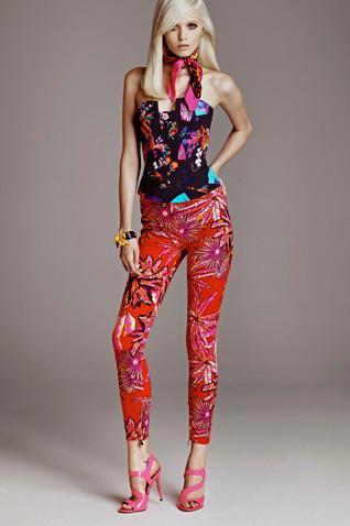Появились полный каталог, лукбук и цены на коллекцию Versace для H&M. Изображение № 8.