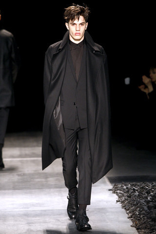 Неделя моды в Париже: мужские показы. Изображение № 83.
