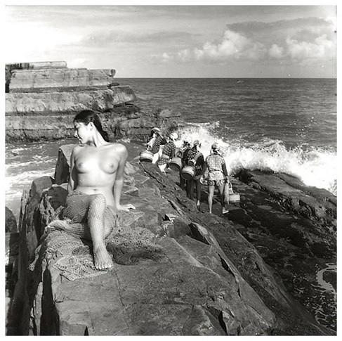 Части тела: Обнаженные женщины на фотографиях 50-60х годов. Изображение № 31.