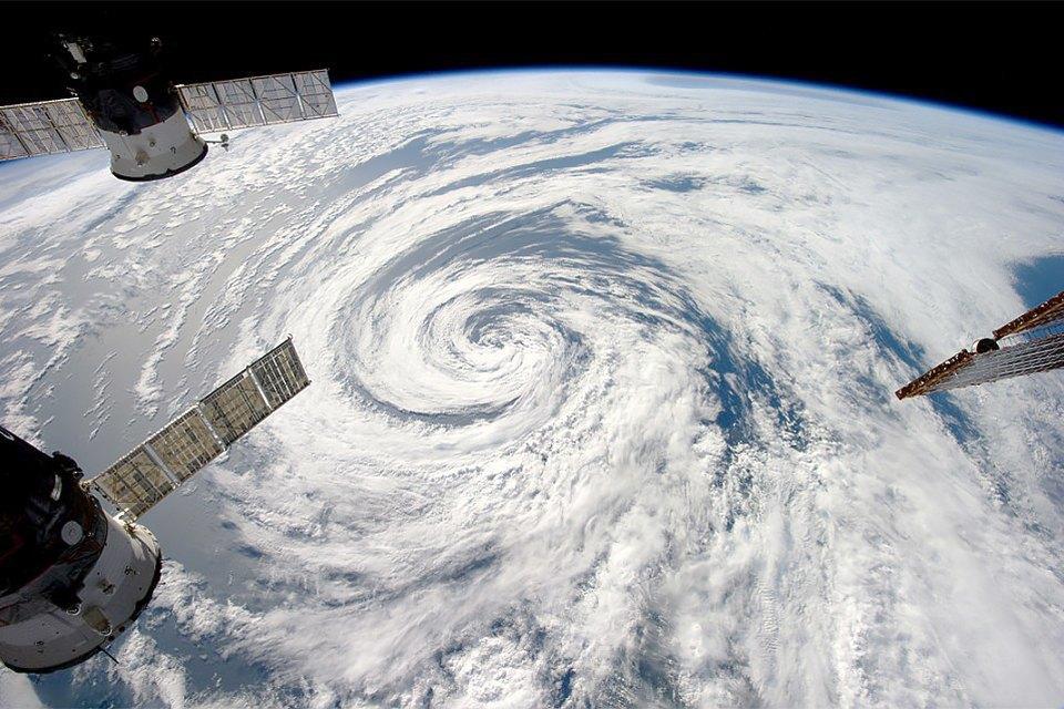 Облака из космоса: Какой видят Землю космонавты МКС. Изображение № 1.