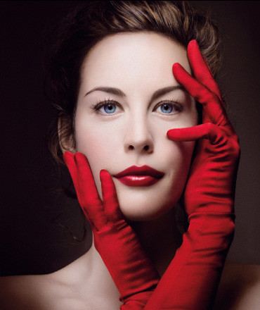 Red lipstick. Изображение № 16.