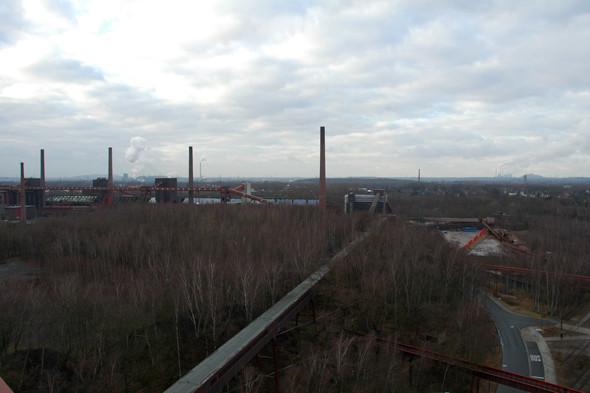 Вид на Рурскую область со смотровой площадки шахты. Изображение № 20.