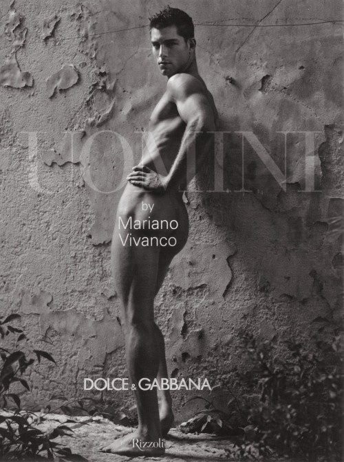 Фотокнига: Uomini - Dolce&Gabbana. Изображение № 1.