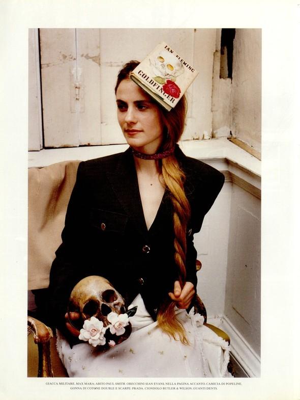 Архивная съёмка: Тим Уокер для итальянского Vogue, 2001. Изображение № 7.