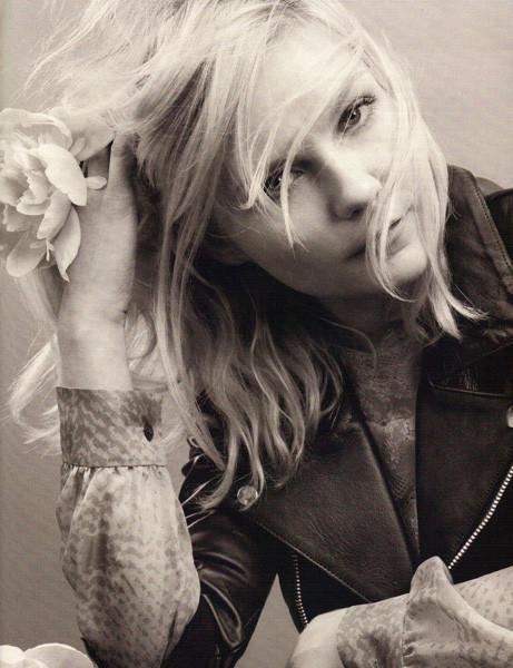 Съёмка: Кирстен Данст для Elle. Изображение № 5.