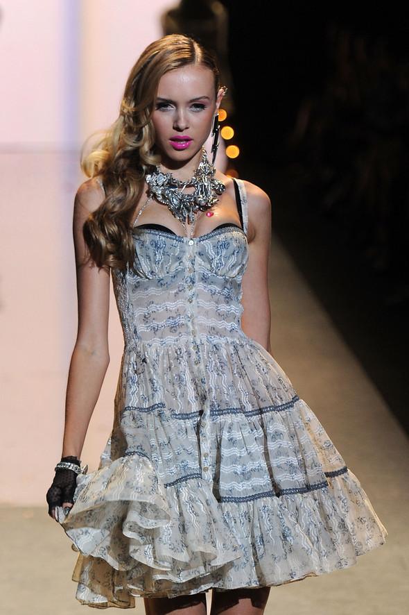 New York Fashion Week: Betsey Johnson Spring 2012. Изображение № 12.