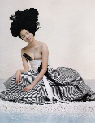 The Grace of the HanBok (Vogue Korea October 2007). Изображение № 11.