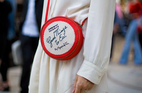 Street Style: Paris Fashion Week. Изображение № 3.