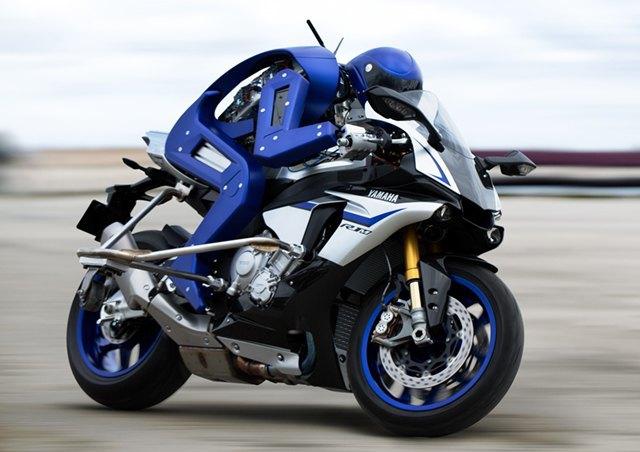 У Yamaha появился робот-мотоциклист. Изображение № 1.