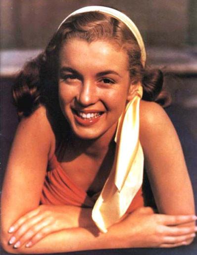 Изображение 18. Marilyn Monroe, pin-up girl.. Изображение № 17.
