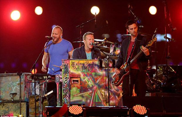 Coldplay, Джей-Зи и Рианна выступили вместе на закрытии Паралимпиады. Изображение № 1.