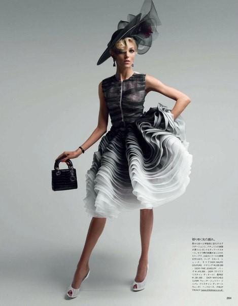 Аня Рубик для Vogue Japan (май 2012). Изображение № 4.
