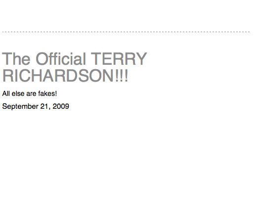 Терри Ричардсон ведет свой блог. Изображение № 2.