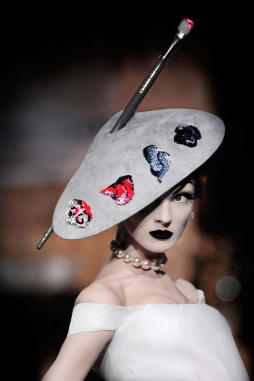 Дело в шляпе: 10 известных шляпников. Изображение № 13.