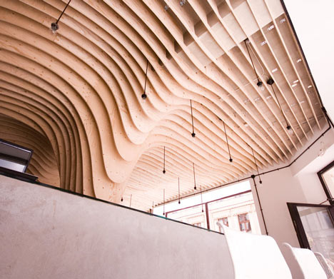 Под стойку: 15 лучших интерьеров баров в 2011 году. Изображение № 31.