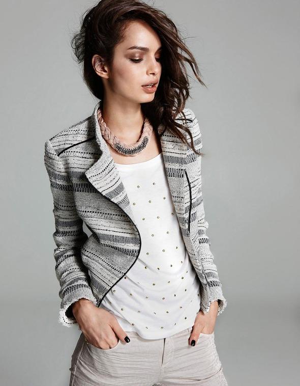 Лукбуки: H&M, Zara, Urban Outfitters и другие. Изображение №63.