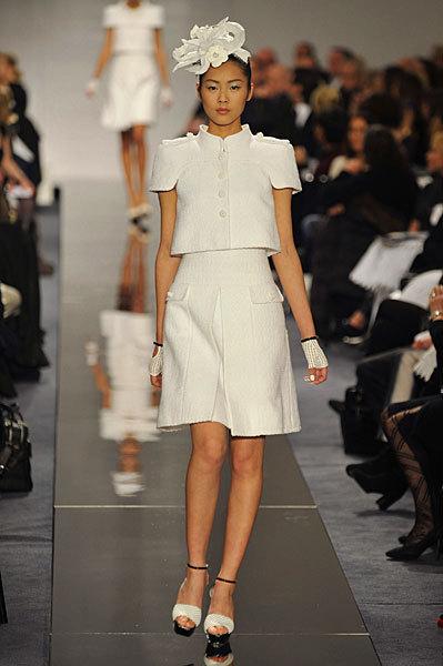 Chanel Spring 2009 Haute Couture. Изображение № 38.
