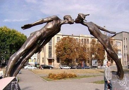 Сумасбродные скульптуры. Изображение № 3.