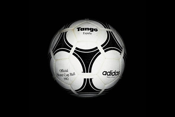 Дизайн футбольных мячей для Чемпионатов мира. Изображение № 13.