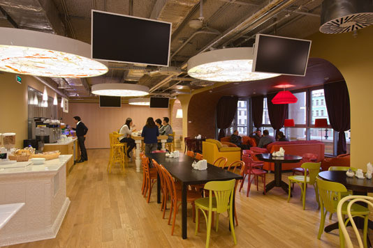 Google Moscow Office (арх. бюро CAMENZIND EVOLUTION) Архитектор: Т. Руэгг. Изображение №20.