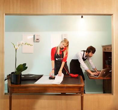 Дизайн-дайджест: Календарь Lavazza, проект Ранкина и Херста и выставка фотографа Louis Vuitton. Изображение № 69.