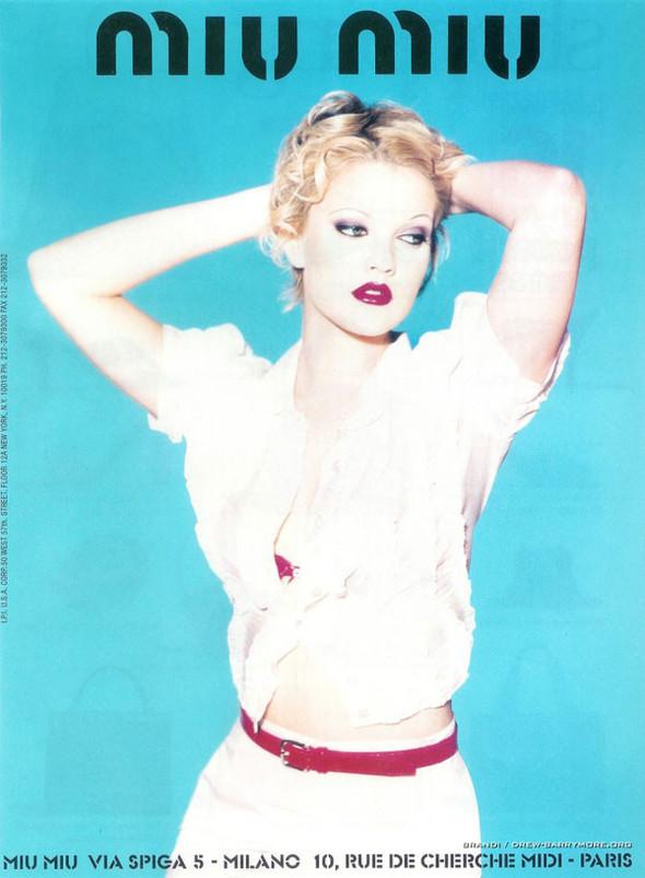 Архивная съёмка: Дрю Бэрримор для кампании Miu Miu SS 1995. Изображение № 1.