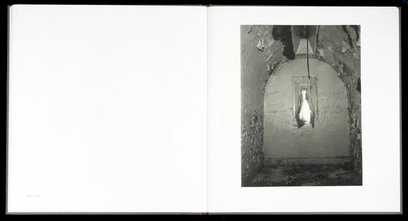 Закон и беспорядок: 10 фотоальбомов о преступниках и преступлениях. Изображение № 48.