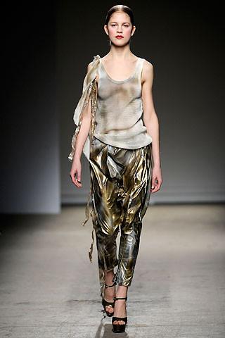 Thimister Haute Couture FW 2010. Изображение № 39.