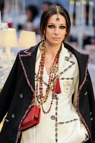 Детали с показа Chanel Pre-Fall 2012. Изображение № 5.