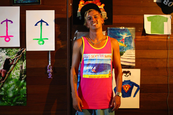 Сергей в майке собственного бренда Mysovskiy Surf Apparel. Изображение № 21.