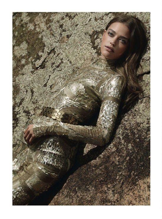 Съёмка: Daria Pleggenkuhle 4 Harper's Bazaar UK Dec 2011. Изображение № 2.