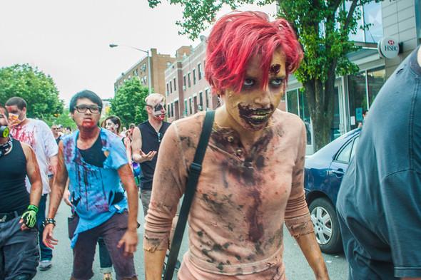 Зомби парад в Нью Йорке. NYC Zombie Crawl.. Изображение № 41.