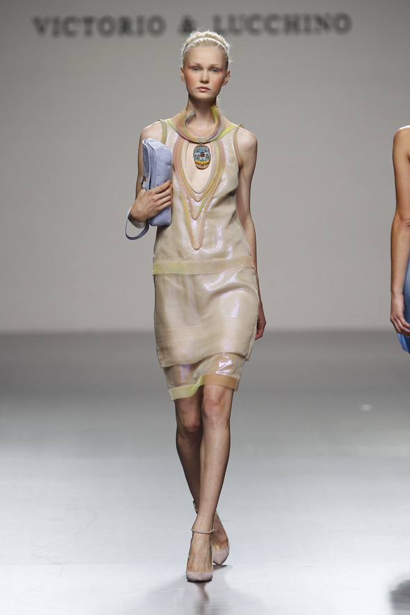Madrid Fashion Week SS 2012: Victorio & Lucchino. Изображение № 13.