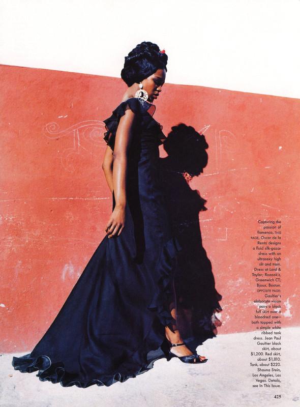 Архивная съёмка: Наоми Кэмпбелл и Эллен фон Унверт для Vogue, 1998. Изображение № 3.