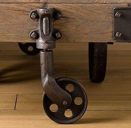 Неотёсанная мебелюшка. Изображение № 3.
