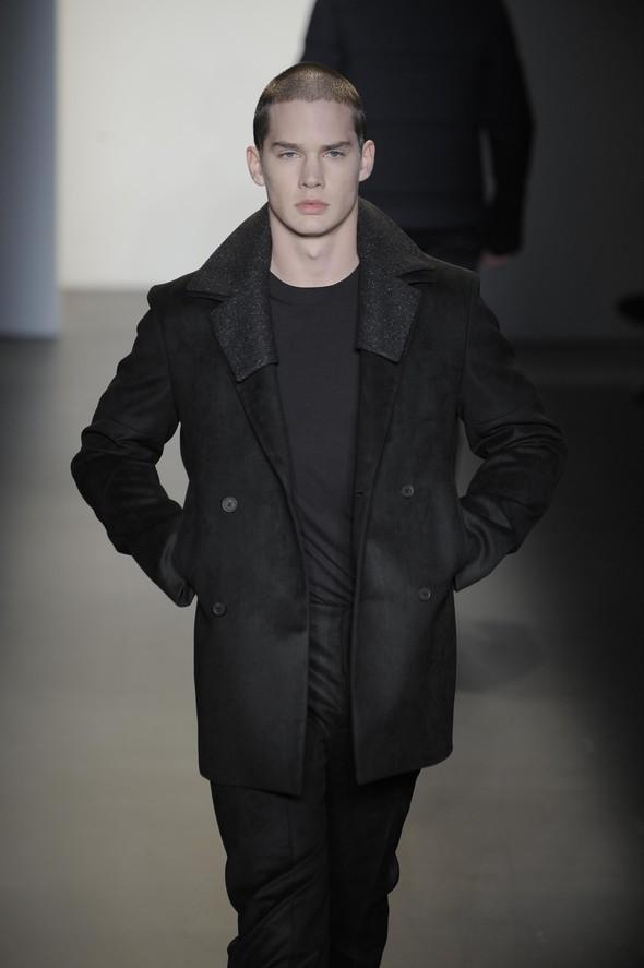 Calvin Klein 2009–2010. Изображение № 34.