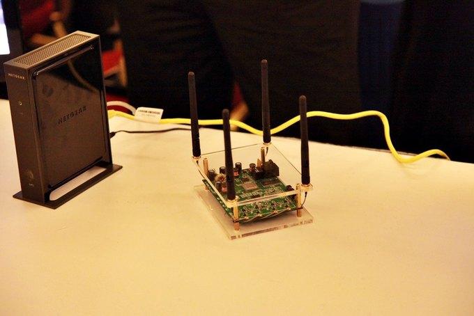 Один из чипсетов производства Quantenna. Изображение № 1.