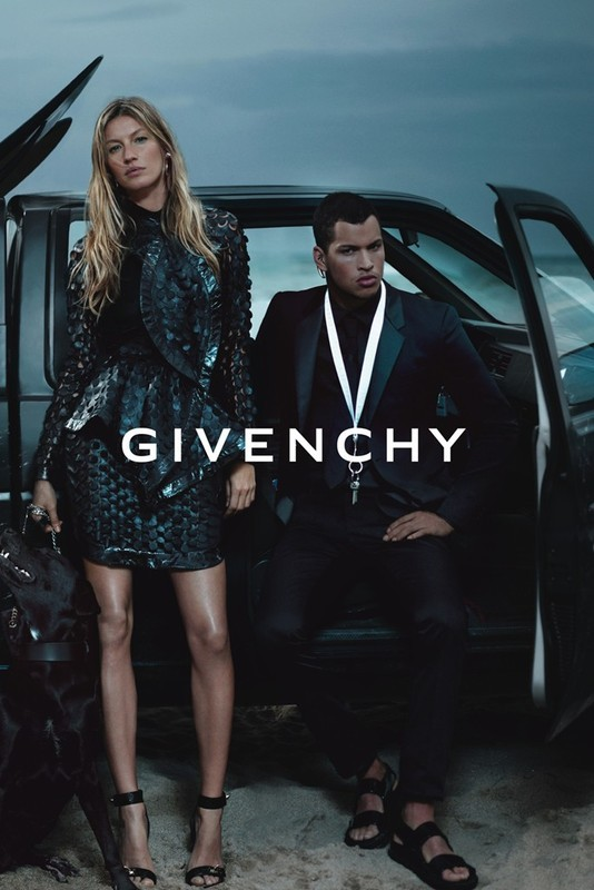 Превью кампании: Жизель Бундхен для Givenchy SS 2012. Изображение № 1.
