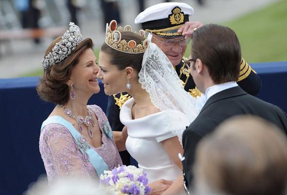 Свадьба шведской кронпринцессы Виктории. Изображение № 6.
