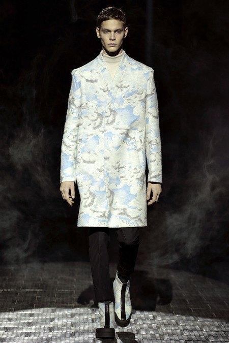 Kenzo показали коллекцию на Pitti Uomo. Изображение № 1.