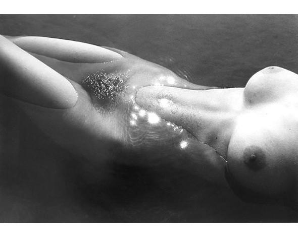 Части тела: Обнаженные женщины на фотографиях 50-60х годов. Изображение № 110.
