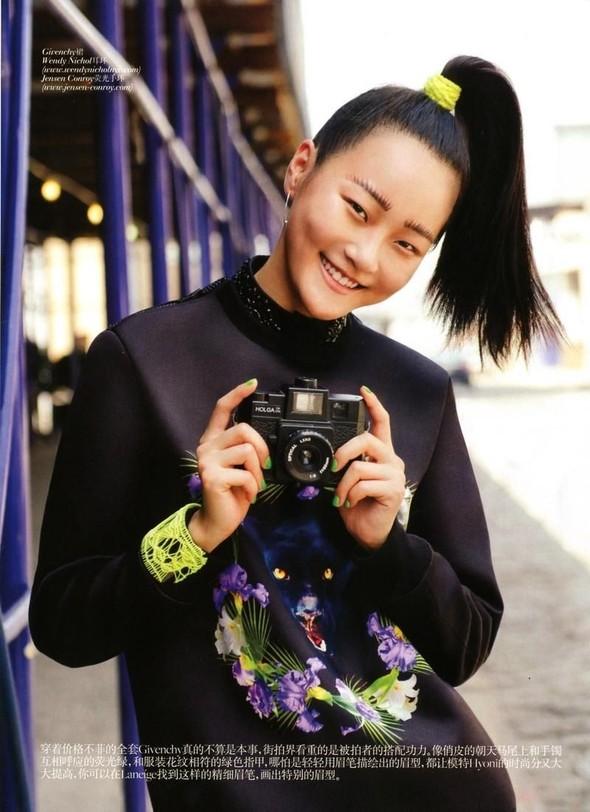Съёмка: Томми Тон для китайского Vogue. Изображение № 4.