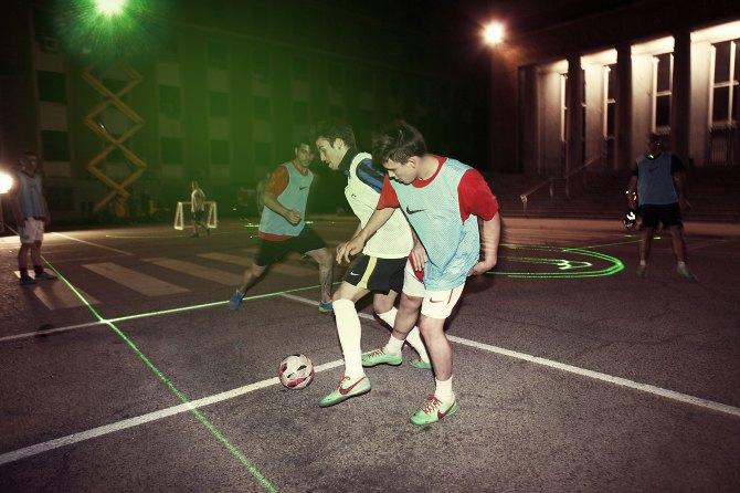 Nike представила лазерную разметку футбольного поля. Изображение № 1.