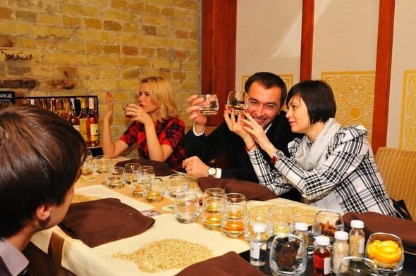 18 ноября Виски-ресторану SINGLE исполнилось 3 года!. Изображение № 2.