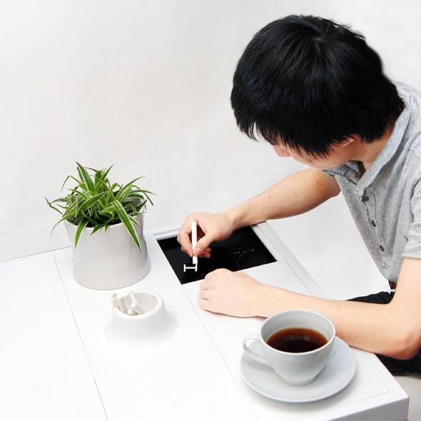 Болтливый COFFEE TABLE. Изображение № 1.