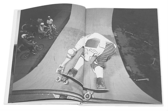 10 альбомов о скейтерах. Изображение №23.