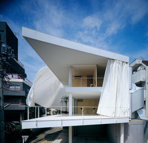 Дом с занавесями, 1997 год. Изображение № 14.