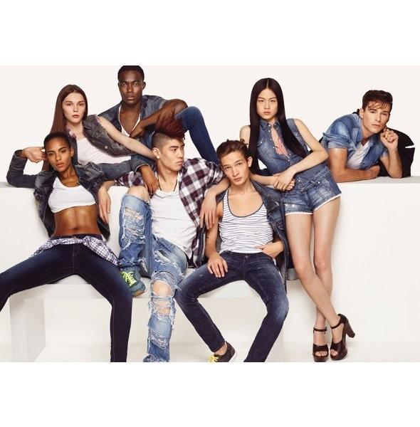 Рекламные кампании: H&M, Benetton и другие. Изображение № 12.