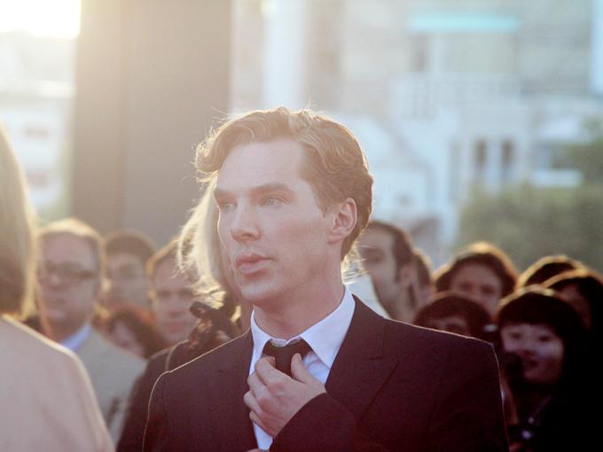 Камбербэтч — Бенедикт Камбербэтч на лондонской премьере фильма «Шпион, выйди вон!». Изображение № 1.